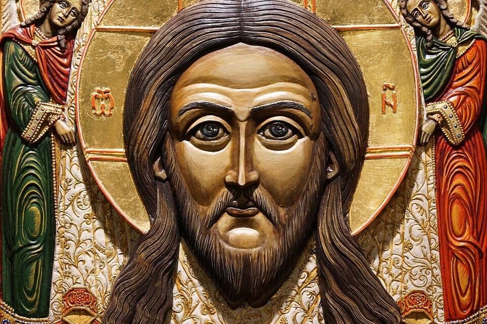На фото изображена икона Иисуса Христа.