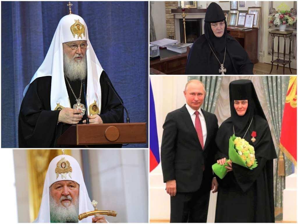На фото патриарх Кирилл (слева) и игумения Феофания (справа).